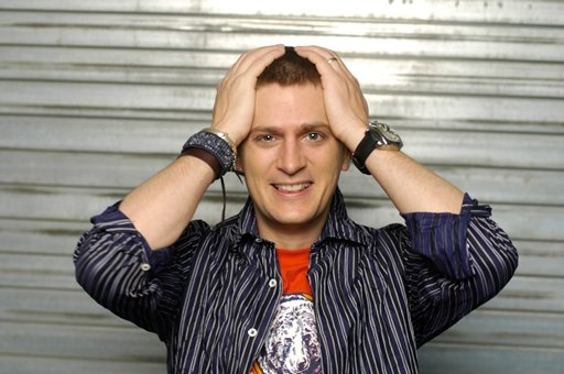Rob Thomas talks about Twitter, His Website and His new Cradlesong Tour!